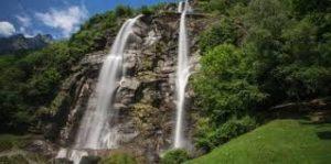 cascate dell'acquafraggia-piscine naturali vicino a milano