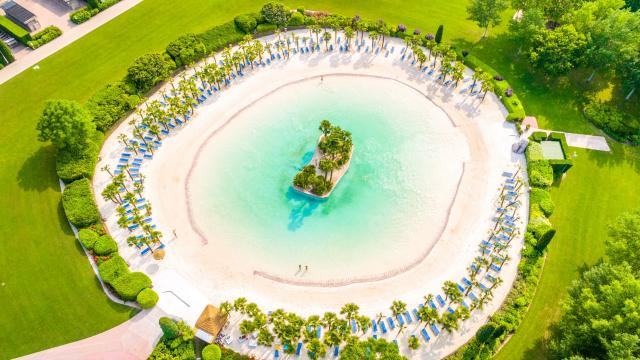 Parco acquatico Cavour: divertimento e relax immersi nel verde